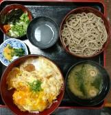 割子そば・かつ丼セット(平和そば)